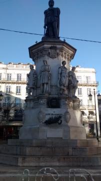 Estatua de Luís de Camões en su Plaza homónima