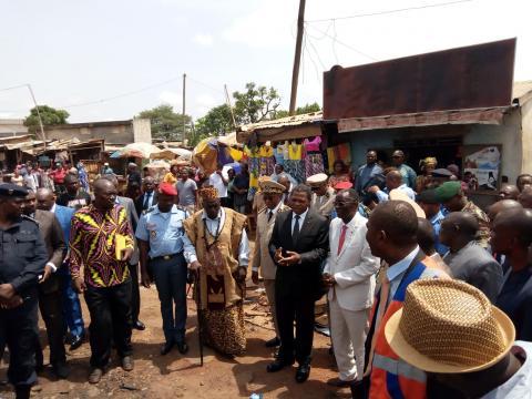 Le minat en présence des autorités compétentes (c) Cedric Bimale