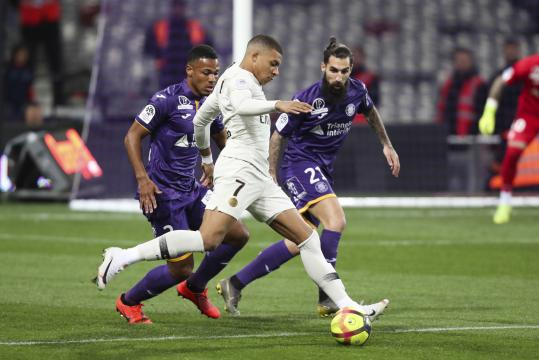 30e journée de Ligue 1 : Paris s'impose contre Toulouse