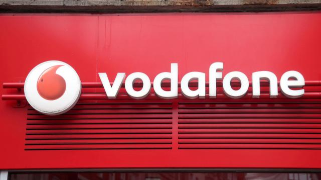 Vodafone plans 1,000 5G sites by 2020 in race with rivals ... - ft.com