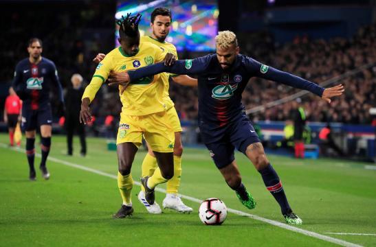Ligue 1 : le PSG voit rouge après sa défaite à Nantes - 4