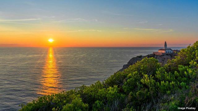 Dawn in the Balearic Islands. [Image Pixabay]