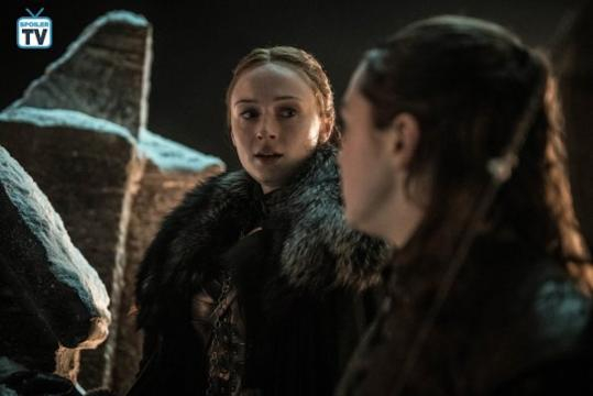 Sansa e Arya sulle mura di Grande Inverno