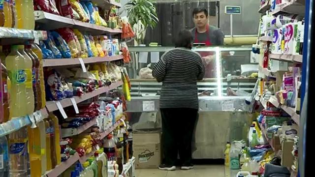 Inflación argentina sigue al alza, amenaza reelección de Macri ... - dailymotion.com