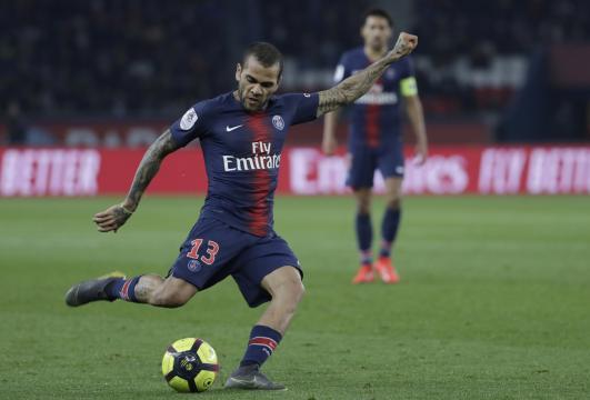 PSG : Dani Alves à son tour cambriolé pendant un match - rtl.fr