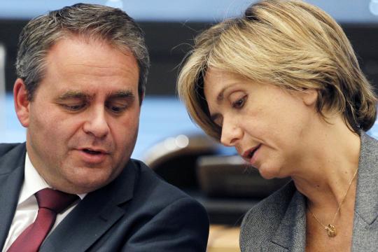 Bertrand renonce à briguer la présidence LR et soutient Pécresse ... - rtl.fr