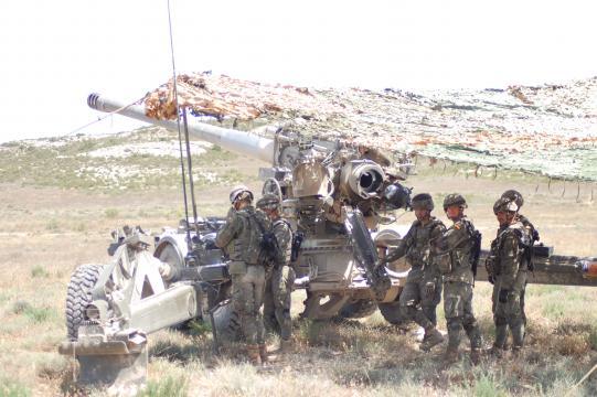 El liderazgo es vital para mandar un equipo sea este una pieza de artillería como una oficina