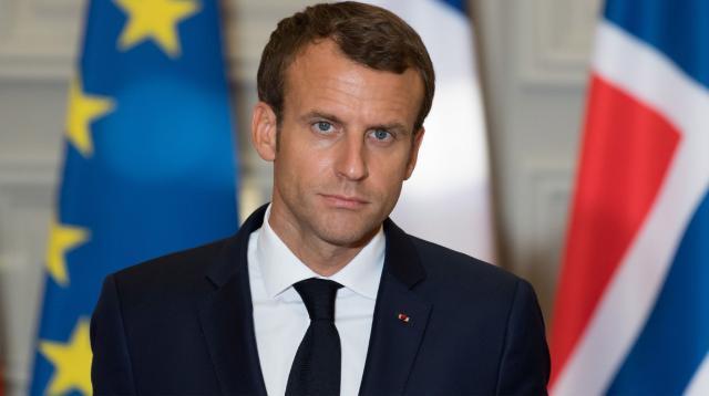 Emmanuel Macron assistera seul à la demi-finale des Bleus, Nicolas ... - voici.fr