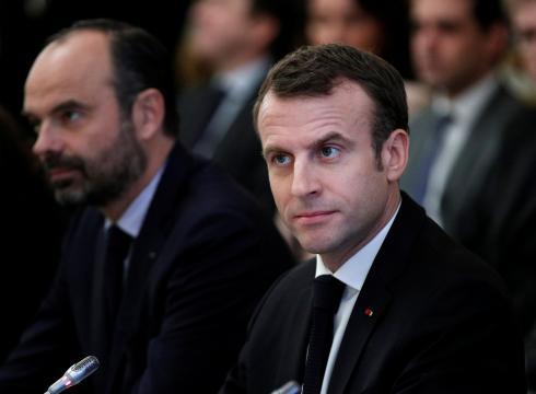 Baromètre YouGov : la popularité de Macron poursuit sa convalescence en avril