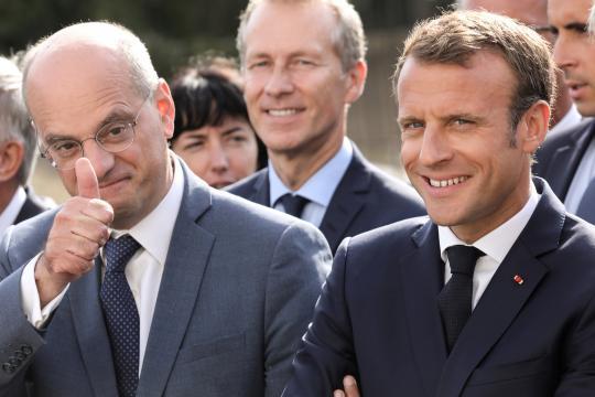 Emmanuel Macron efface l'effet gilets jaunes sur sa popularité ... - huffingtonpost.fr