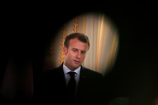 La popularité d'Emmanuel Macron en chute libre pour la rentrée ... - yahoo.com