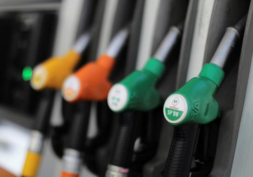 Hausse des prix des carburants : les Français touchés au porte-monnaie - latribune.fr