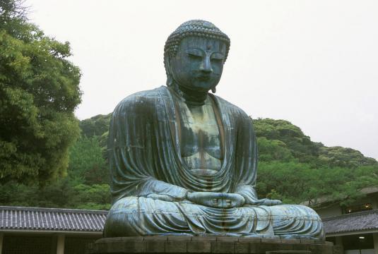 Kamakura Buddha. [Image source/Thyes, Wikimedia Commons]