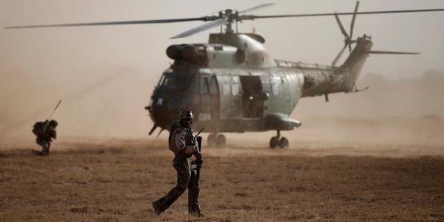 Burkina Faso : l'armée libère les deux otages français, deux ... - lejdd.fr