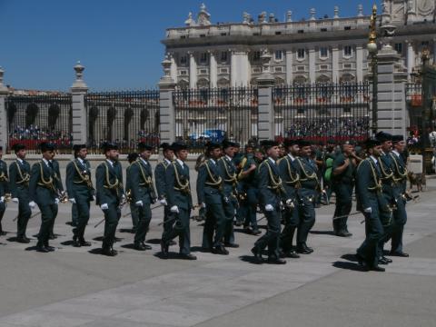 Paso de los cadetes del Colegio de Guardías Jovenes de Valdemoro