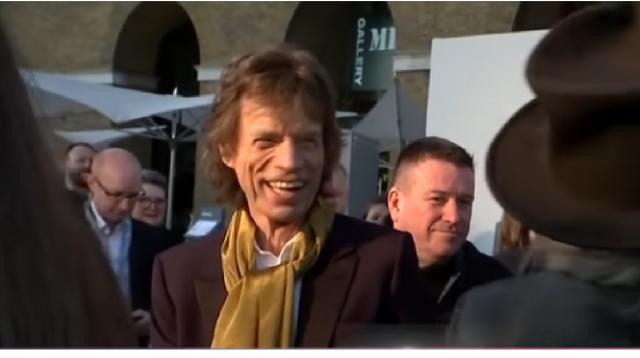 Mick Jagger after heart surgery. [Image source/Access YouTube video]