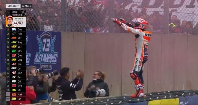 MotoGP, GP Le Mans: vince Marquez, Dovizioso e Petrucci sul podio