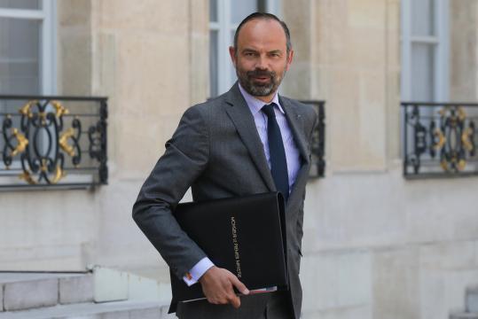 Philippe: des mesures pour faire baisser le coût du permis de ... - newsstandhub.com