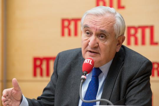 Jean-Pierre Raffarin sur RTL : « notre devoir est d'aider Macron à ... - lecourrier-du-soir.com