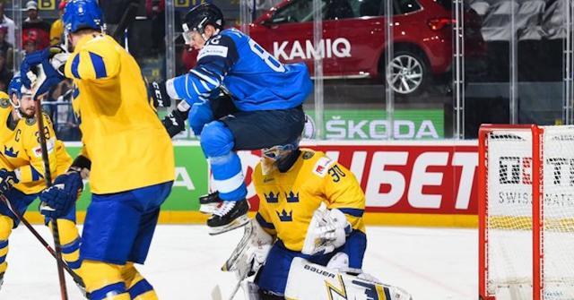 Finlandia dio la campanada y eliminó en tiempo extra a la bicampeona Suecia. IIHF.com.