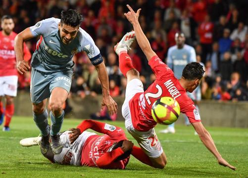 Caen et Dijon ne lâchent rien, Monaco est désormais en grand ... - lefigaro.fr