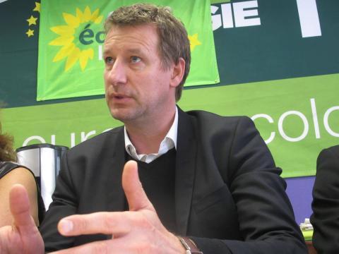 Yannick Jadot, tête de liste EELV aux européennes, le 6 avril, à ... - lanouvellerepublique.fr