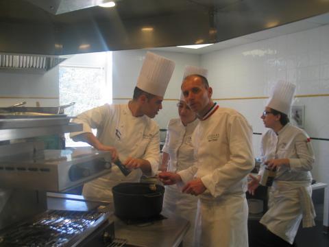 La cuisine moderne nécessite une formation de haut niveau comme celle dispensée à l'institut Paul Bocuse à Ecully