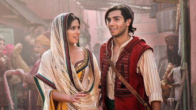Naomi Scott e Mena Massoud dão vida a Jasmine e Aladdin. (Divulgação/Disney)