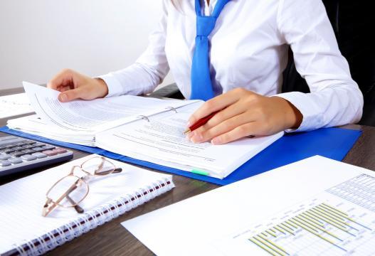 Selezioni nei Comuni per istruttori amministrativi-contabili e tecnici