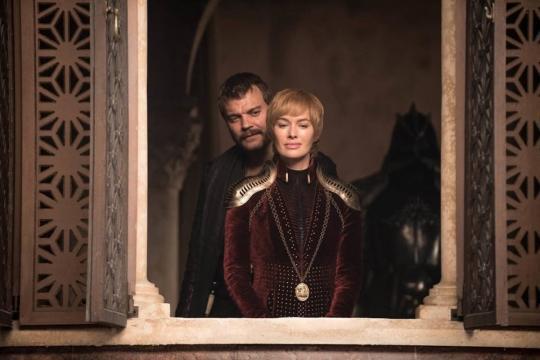 Euron e Cersei osservano le loro truppe