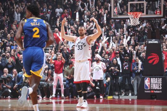 Marc Gasol tuvo un partido completo para los Raptors.www.raptorsrepublic.com