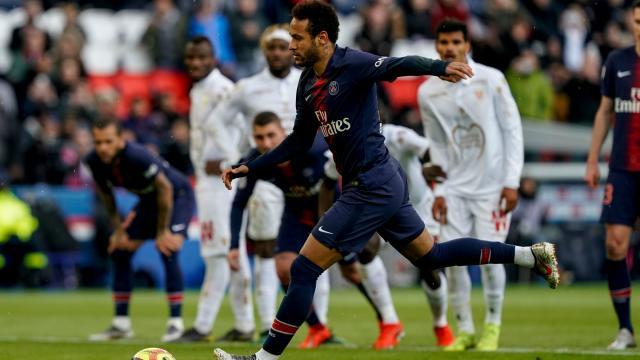 Neymar reaches 50 goals for PSG with penalty against Nice ... - stadiumastro.com
