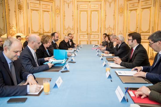Apprentissage: les Régions renouent les fils du dialogue avec le ... - regions-france.org