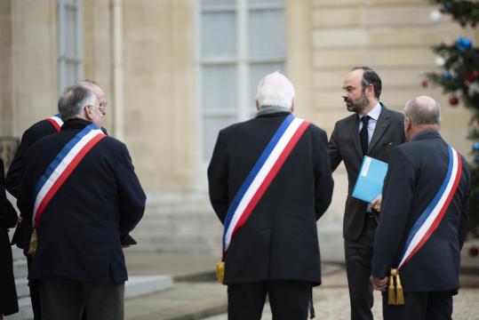 Édouard Philippe tente à nouveau de rassurer sur le grand débat - lefigaro.fr