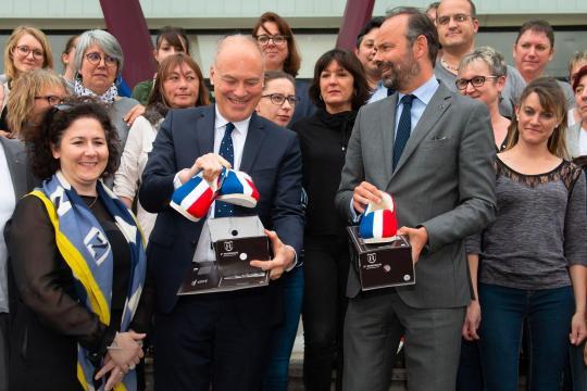 Européennes : Edouard Philippe sans charentaises - planet.fr