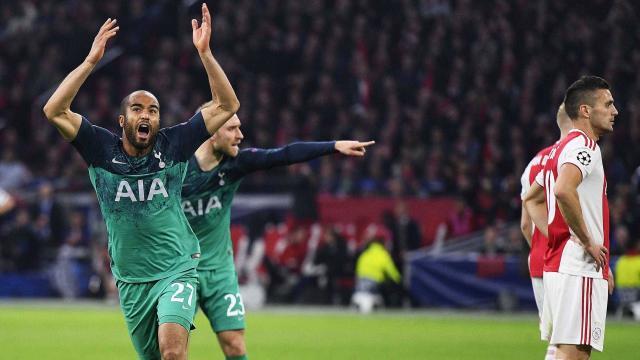 El Ajax quedó tendido de manera cruel en el césped. www.libertaddigital.com