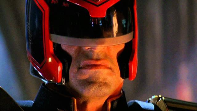 Sylvester Stallone in Dredd, la legge sono io (1995)