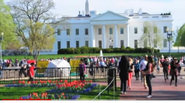 View of the White House, Washington D.C 2013. [Image Source/Manaweblife YouTube Video]