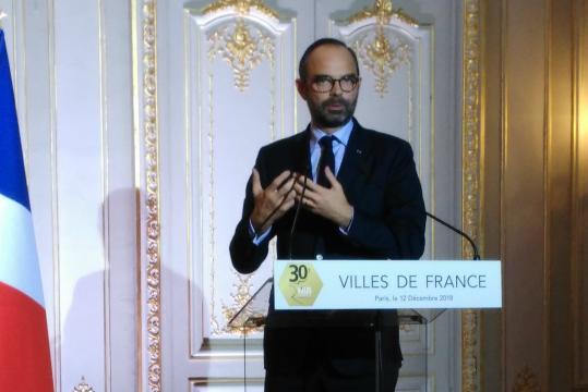 Crise des gilets jaunes : Edouard Philippe défend une ... - lagazettedescommunes.com
