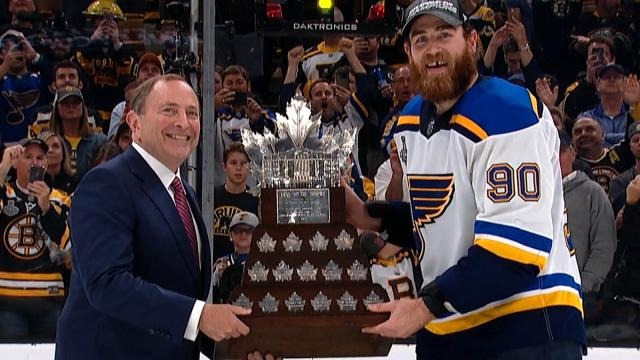 O'Reilly ganó el Conn Smythe Trophy. www.nbcsports.com