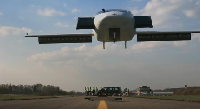 The Lilium Jet – The world's first all-electric VTOL jet. [Image source: new innovations YouTube]