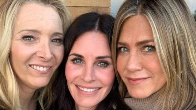 Kudrow, Cox y Aniston reunidas por el cumpleaños 55 de Courteney