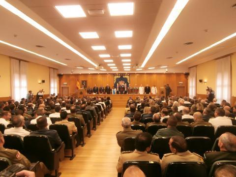 La sala magna del CESEDEN albergo la ceremonia de entrega