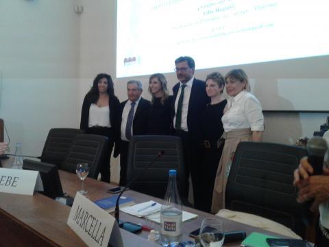Atlete e relatori del dibattito a Villa Magnisi 2 (foto di Sabrina Longi)