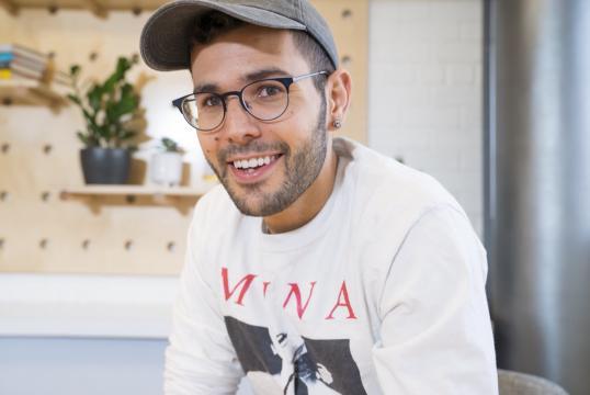 Lo youtuber Carlos Maza in una fotografia recente.