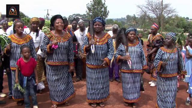 Danses et musiques du Nord-Ouest Cameroun - Groupe Daabou - groupedaabou.com