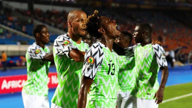 Nigeria solidificó su candidatura al título al pasar a semifinales. www.thesouthafrican.com