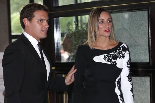 Revelan cómo se conocieron Rivera y Malú: