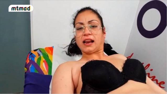 El grotesco vídeo de Dakota, la agresiva nueva concursante de ... - elnacional.cat
