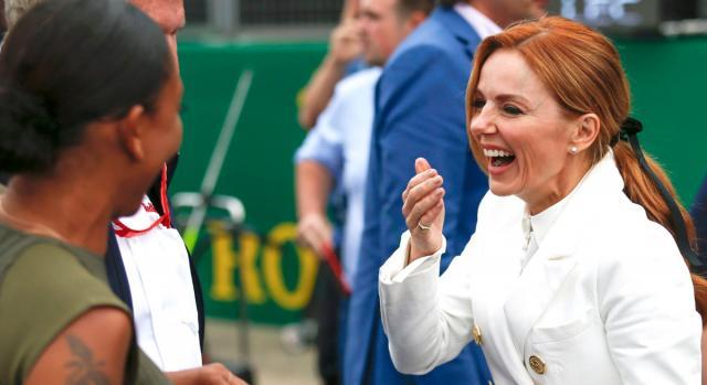 Geri Halliwell in momenti divertenti con Mel B al Gran Premio di Silverstone in UK